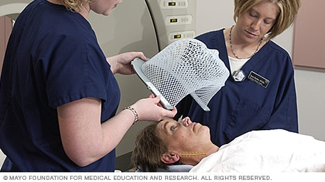 Photo of the positioning of a thermoplastic mask