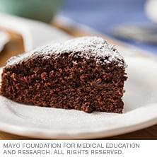 Soft chocolate cake - Mayo Clinic