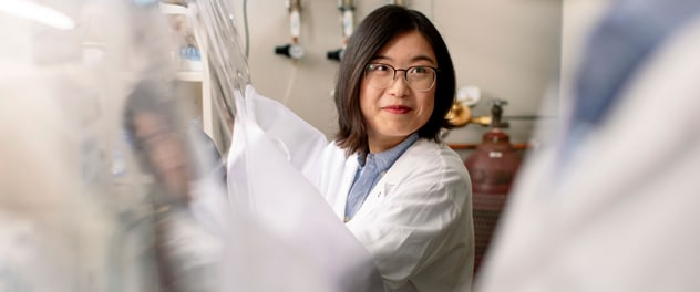 Postdoctoral research fellow Dr. Meng Pu in the Gut Microbiome Laboratory of Dr. Purna Kashyap at Mayo Clinic