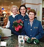 Volunteers at Mayo Clinic's gift shops