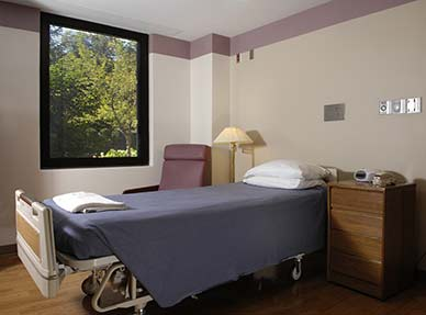 Intensive program patient room