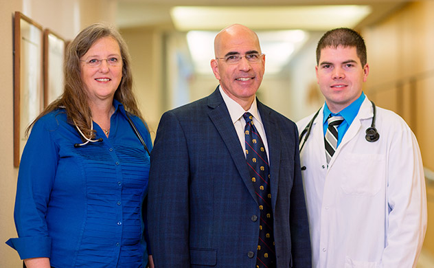 A team of cardiologists and cardiac surgeons work together at Mayo Clinic.